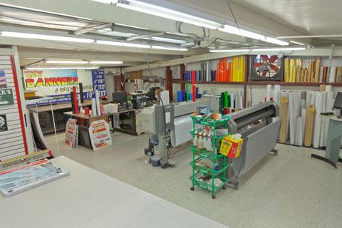 Advantage Rental And Sales Sign Shop